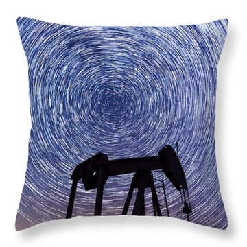 Grasshopper Star Trail Throw Pillow