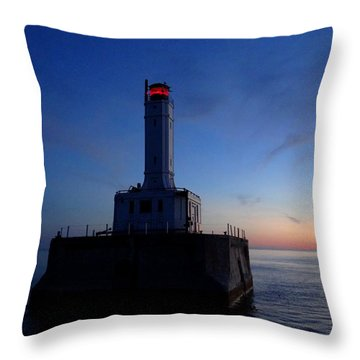 Grays Reef Lighthouse At Dusk Throw Pillow
