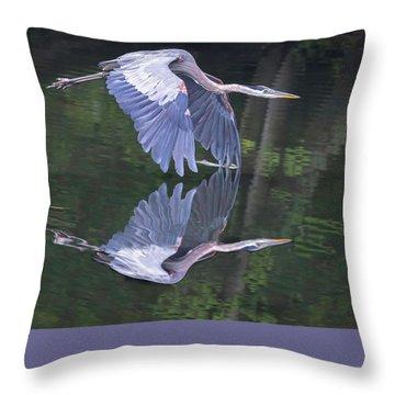 Great Blue Heron 01 Throw Pillow