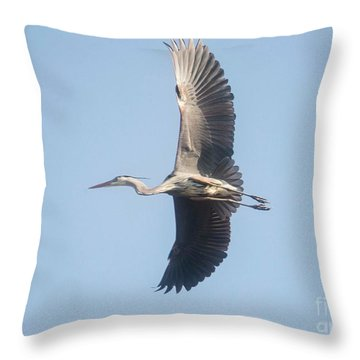 Throw Pillow featuring the photograph Great Blue On Final by David Bearden
