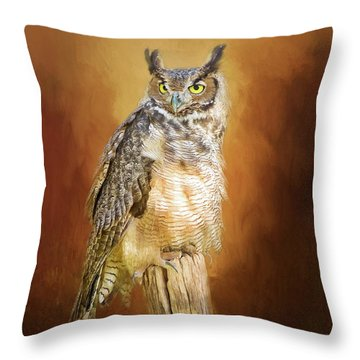 Great Horned Owl In Autumn Throw Pillow