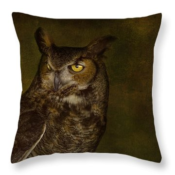 Great Horned Owl Throw Pillow