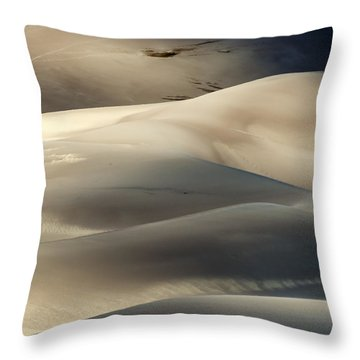 Great Sand Dunes National Park V Throw Pillow