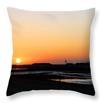 Greater Prudhoe Bay Sunrise Throw Pillow