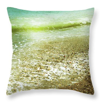 Green And Yellow Waves At Montana De Oro Beach In Spooners Cove Throw Pillow