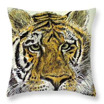 Green Eyed Tiger Throw Pillow