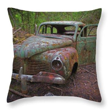 Green Relic Throw Pillow