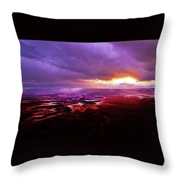 Green River Overlook Throw Pillow