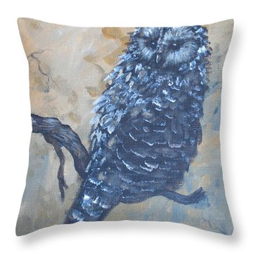 Grey Owl1 Throw Pillow