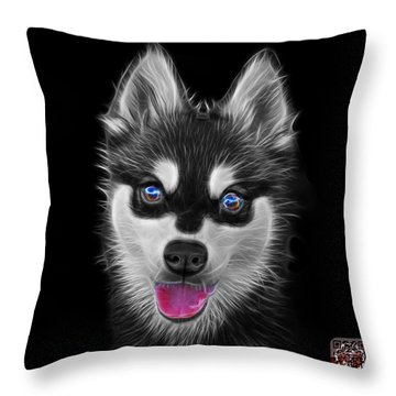 Greyscale Alaskan Klee Kai - 6029 -bb Throw Pillow