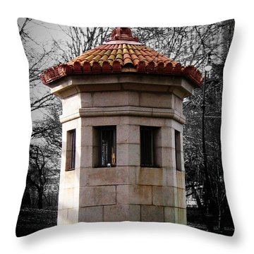 Guardhouse In Prospect Park Brooklyn Ny Throw Pillow