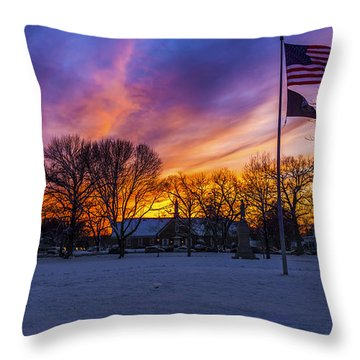 Guilford, Connecticut. Throw Pillow