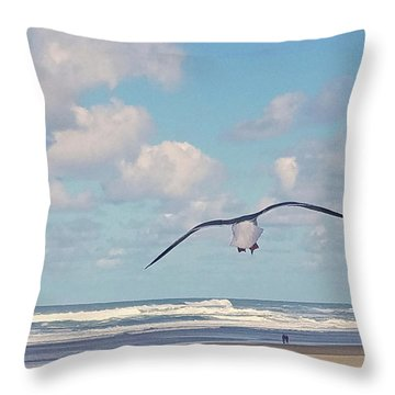 Gull Getaway Throw Pillow