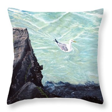 Gull In Shallows Of Barnegat Inlet Throw Pillow by Barbara Barber