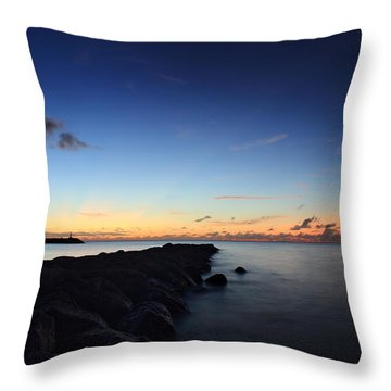 Hale'iwa Harbor Throw Pillow