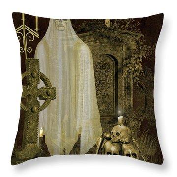 Halloween Graveyard-f Throw Pillow