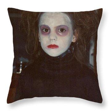 Hallowscream Throw Pillow