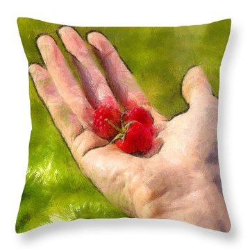 Hand And Raspberries - Pa Throw Pillow