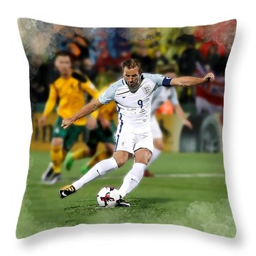 Harry Kane Throw Pillows
