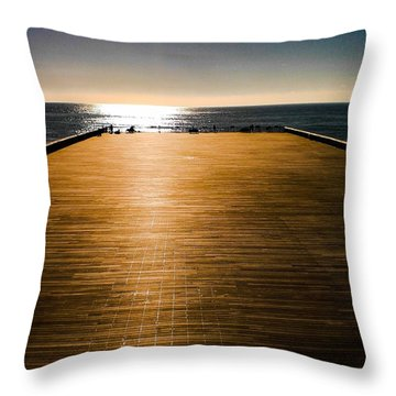 Hastings Pier, Hastings, Sussex, England Throw Pillow