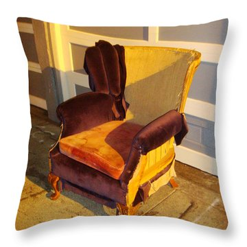 Throw Pillow featuring the photograph Have A Seat In Dore Alley by Mr Photojimsf