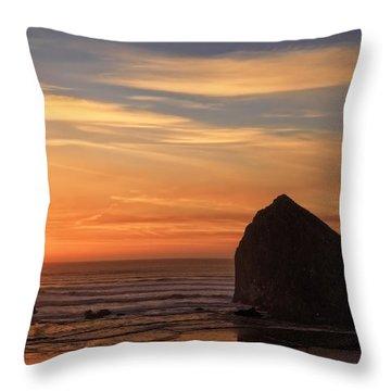 Haystack Rock Ocean Sunset, Cannon Beach, Oregon Throw Pillow