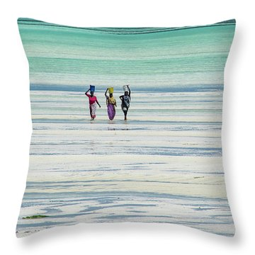 Heads Transports Throw Pillow