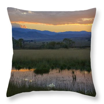 Heart Mountain Sunset Throw Pillow
