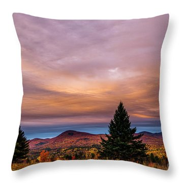 Heart Opeing In The Sky Throw Pillow