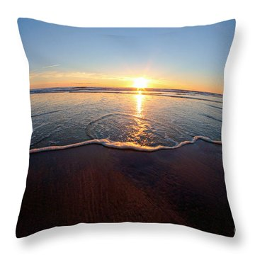 Heart Shape Wave Throw Pillow