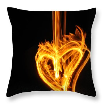 Hearts Aflame -falling In Love Throw Pillow