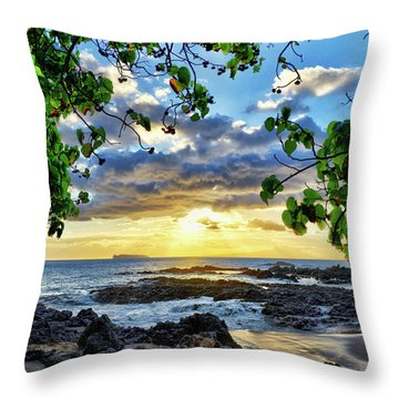 Heaven On Maui Throw Pillow
