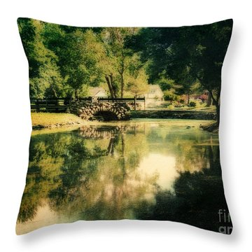 Heckscher Park Pond, Huntington Ny Throw Pillow