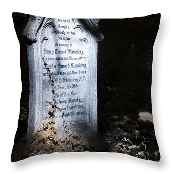 Hedera Throw Pillow