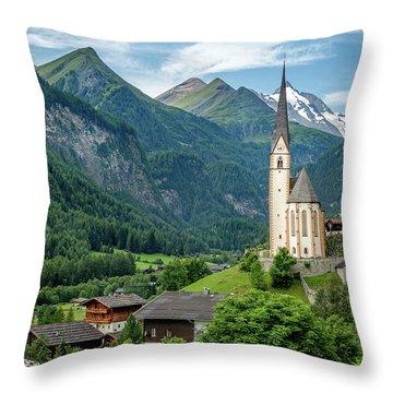 Heiligenblut Am Grossglockner Throw Pillow