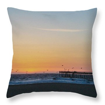 Hermosa Beach Pier At Sunset With Seagulls Throw Pillow