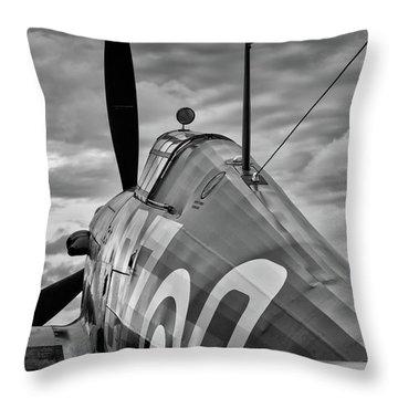 Hero Of Britain Throw Pillow