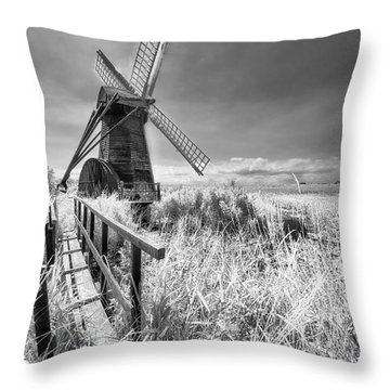 Herringfleet Pump Norfolk Uk Throw Pillow