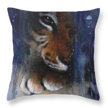 Hidden Tiger Throw Pillow