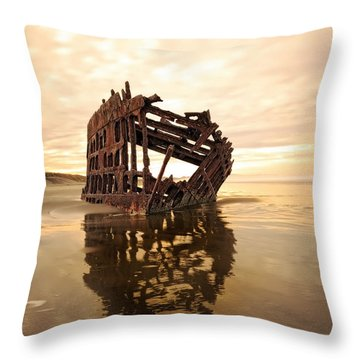 High And Dry, The Peter Iredale Throw Pillow