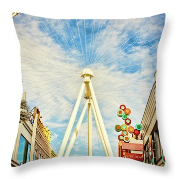 High Roller Wheel, Las Vegas Throw Pillow
