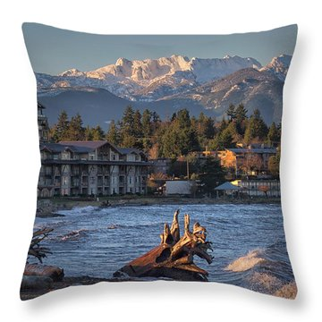 High Tide In The Bay Throw Pillow