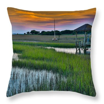 High Tide On The Creek - Mt. Pleasant Sc Throw Pillow