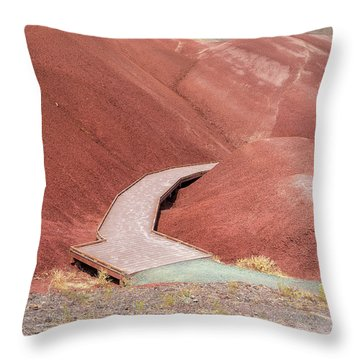 Hiking Loop Boardwalk At Painted Hills Cove Throw Pillow