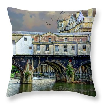 Historic Pulteney Bridge Throw Pillow