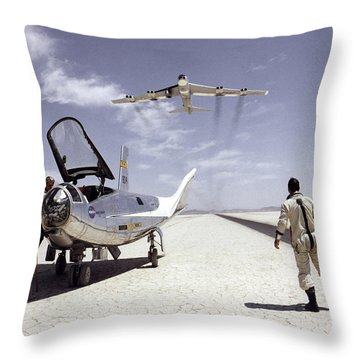 Hl-10 On Lakebed With B-52 Flyby Throw Pillow