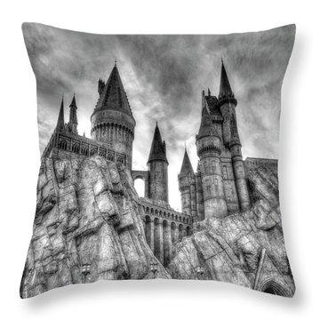 Hogwarts Castle 1 Throw Pillow