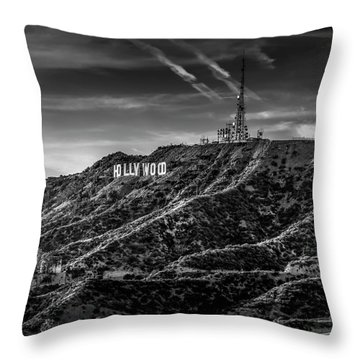 Hollywood Sign - Black And White Throw Pillow
