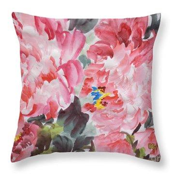 Hop08012015-694 Throw Pillow by Dongling Sun