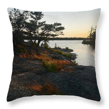 Hopewell Bay Island Rock Grass Throw Pillow
